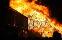 Chobham Street Bonfire (Belfast Telegraph)